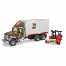 Mack фургон UPS с погрузчиком и паллетами Bruder